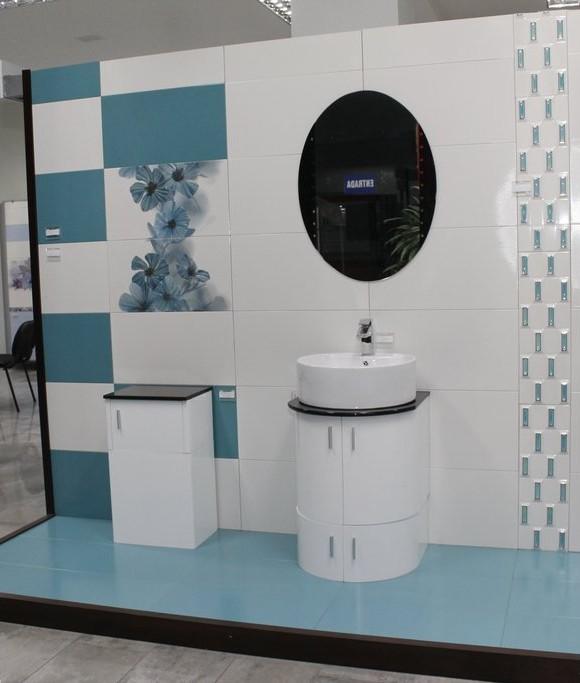 Loza sanitaria costa rica for Inodoro de azulejo de pared