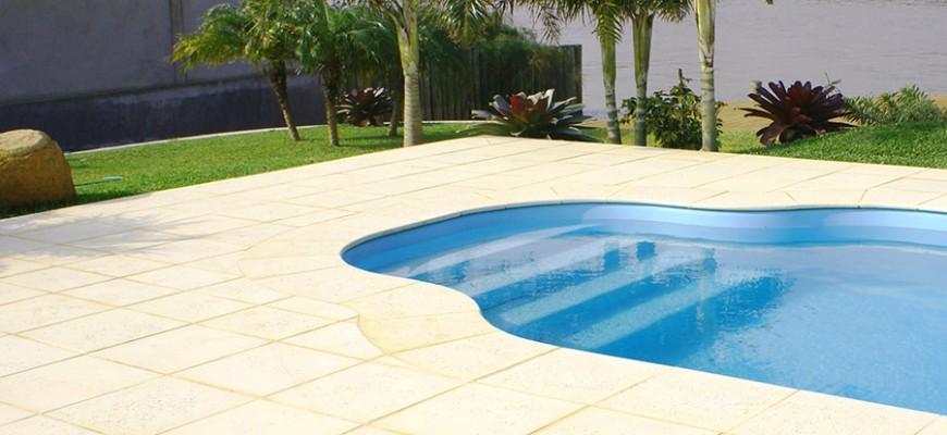 Pisos adecuados para usar en la piscina